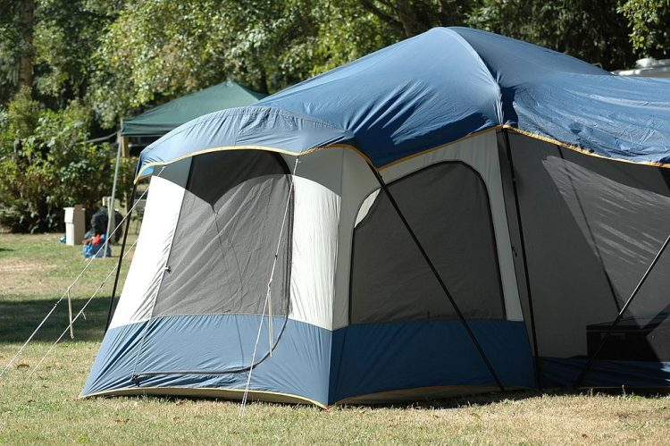 5 Best 12 Person Tents - Big Camping Tents for Large Groups